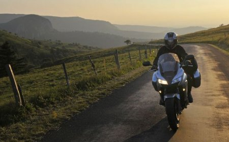 Auvergne em motocicleta