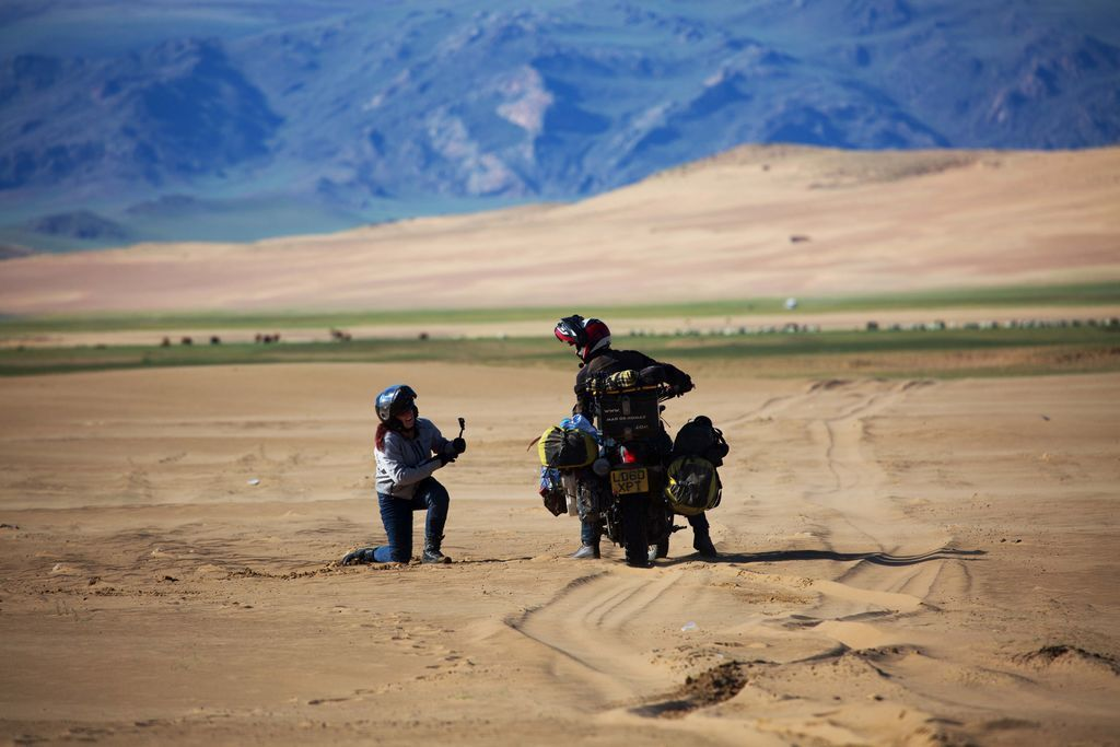 mad nomad motorcycle adventure rtw