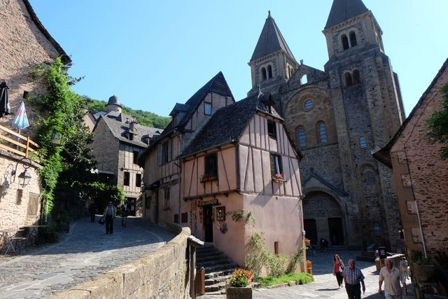 motorcycle guided tour south west france