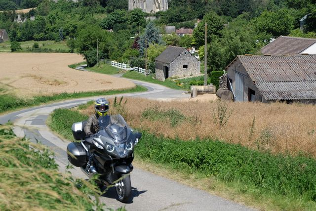 rent motorcycle loire valley