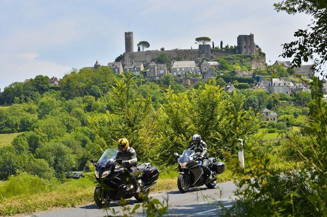 limousin-ride-in-tours