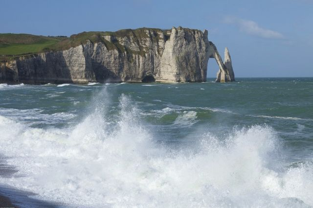 etretat-motorcycle-rental