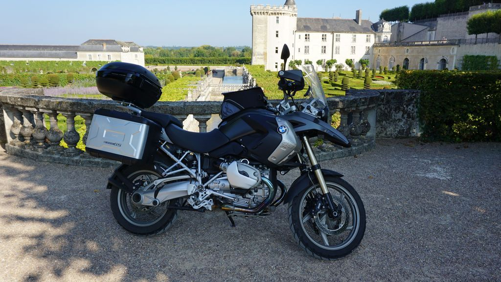 motorcycle-rental-touraine